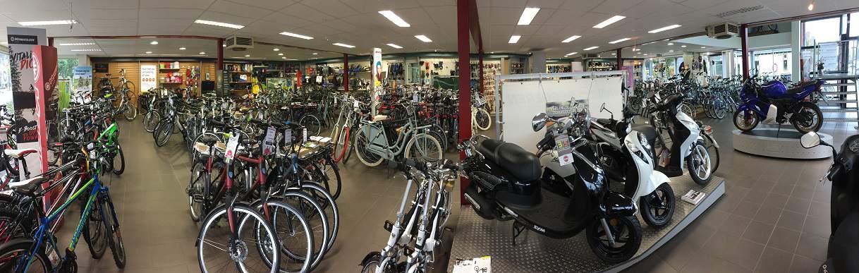 Kijkje in de eigen winkel van Frieslandfietsen.nl, kom eens langs!